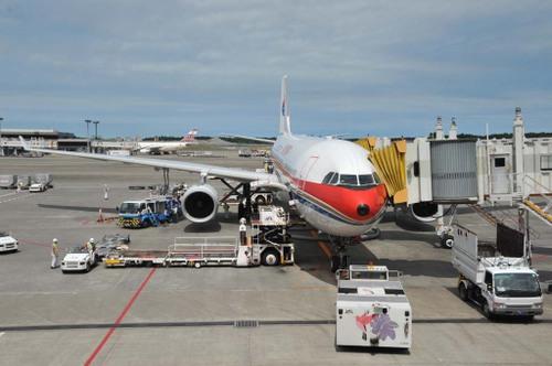 20090722_01_成田空港にて